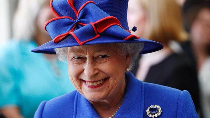 Her Majesty is amused – If you are offended please don't send James Bond after me